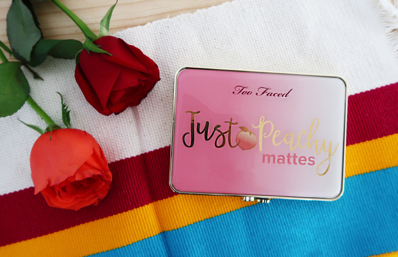 Paleta Just Peachy Mattes: Reseña y Swatches