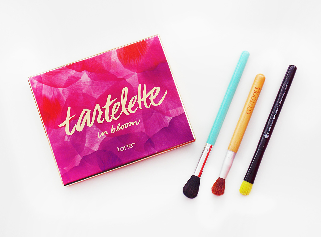 Tartelette In Bloom: Resenha e Swatches.