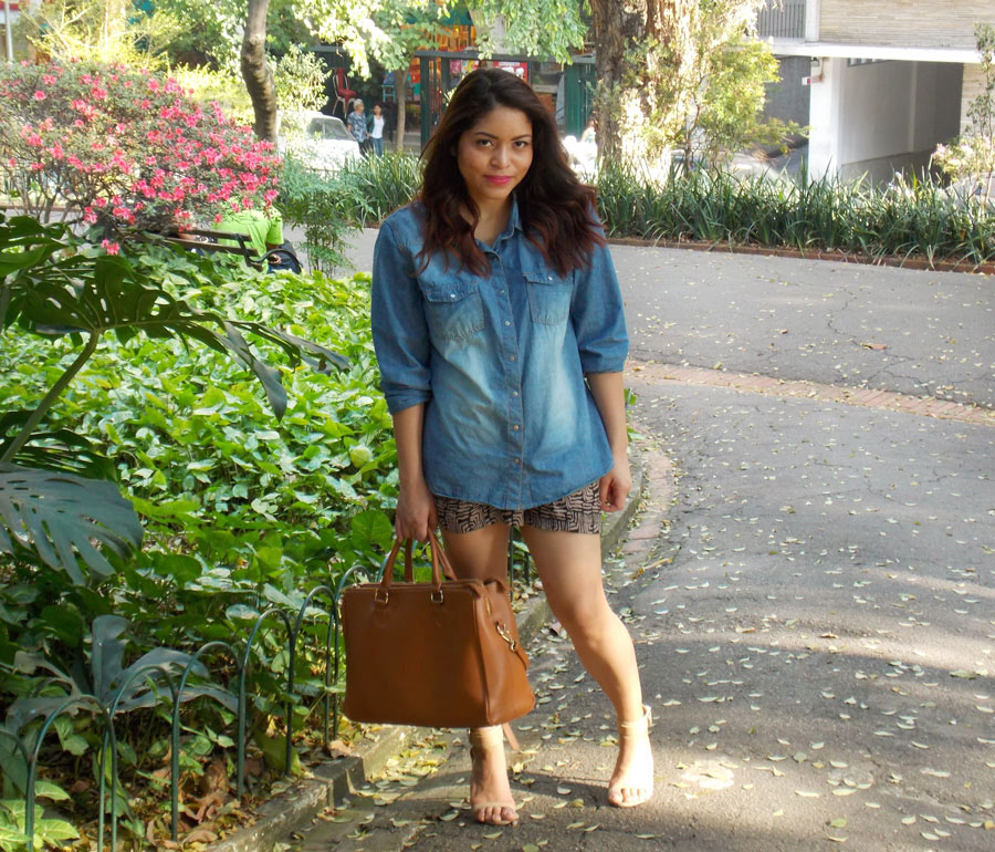 Denim-shirt-Tulips-and-Heels