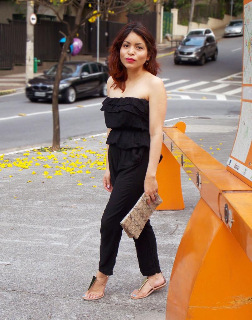 Black-jumper-Tulips-and-Heels
