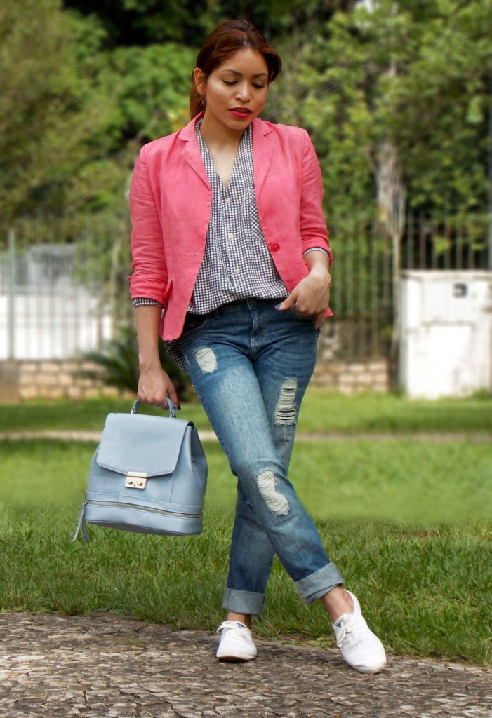 how-to-wear-a-colored-blazer